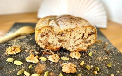 Apfelmus- Walnuss- Brot